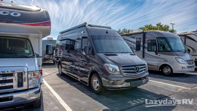 2016 Roadtrek Adventerous