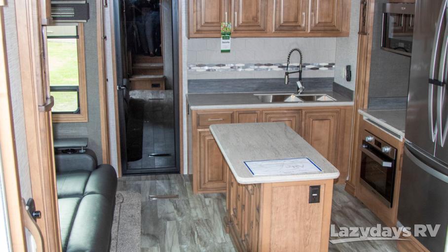 2020 DRV Luxury Suites FullHouse JX390