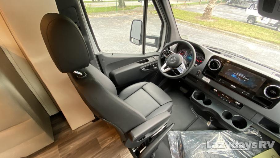2021 Tiffin Motorhomes Wayfarer 25RW