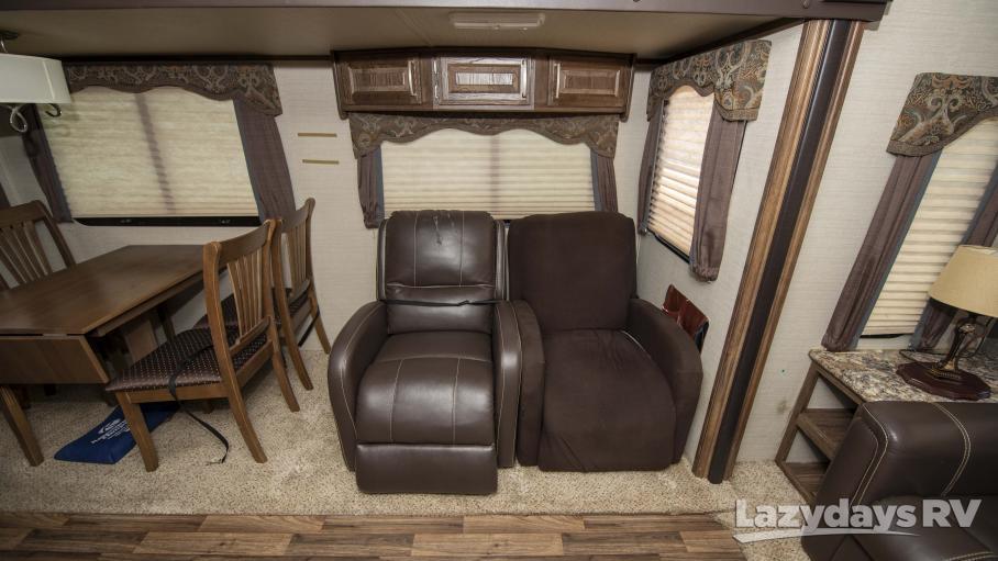 2015 Keystone RV Cougar 30RLI