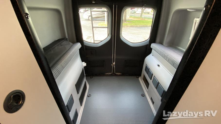 2021 Winnebago Revel 44E