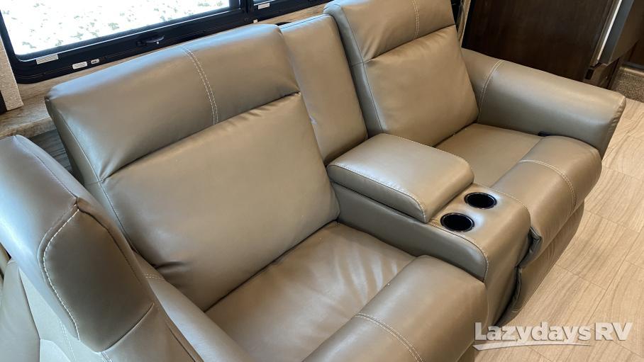 2021 Thor Motor Coach Quantum JM31