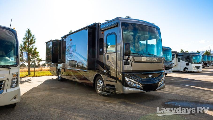 2020 Fleetwood RV Pace Arrow LXE