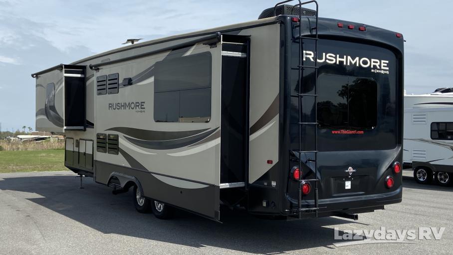 2014 Crossroads RV Rushmore Lincoln RF39LN