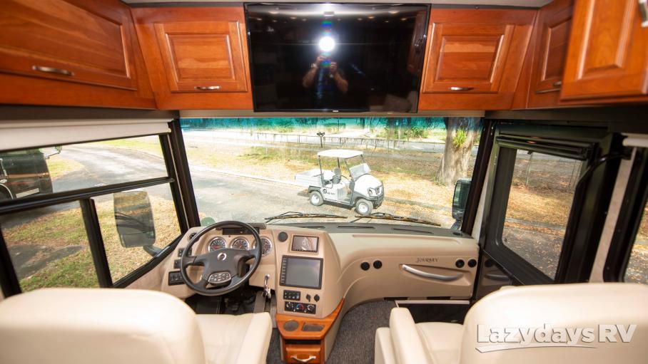 2017 Winnebago Journey 36M