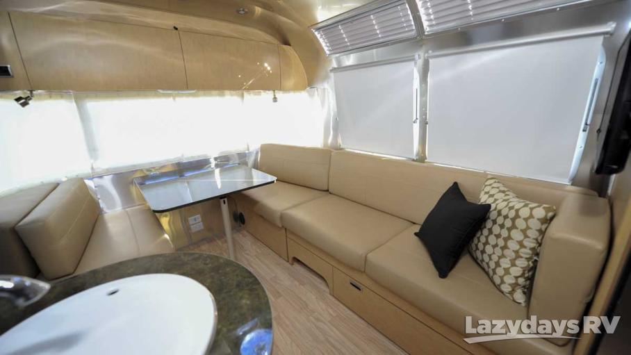 2016 Airstream Flying Cloud 27FB