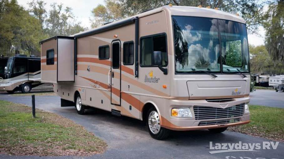 2007 Fleetwood RV Bounder 38V
