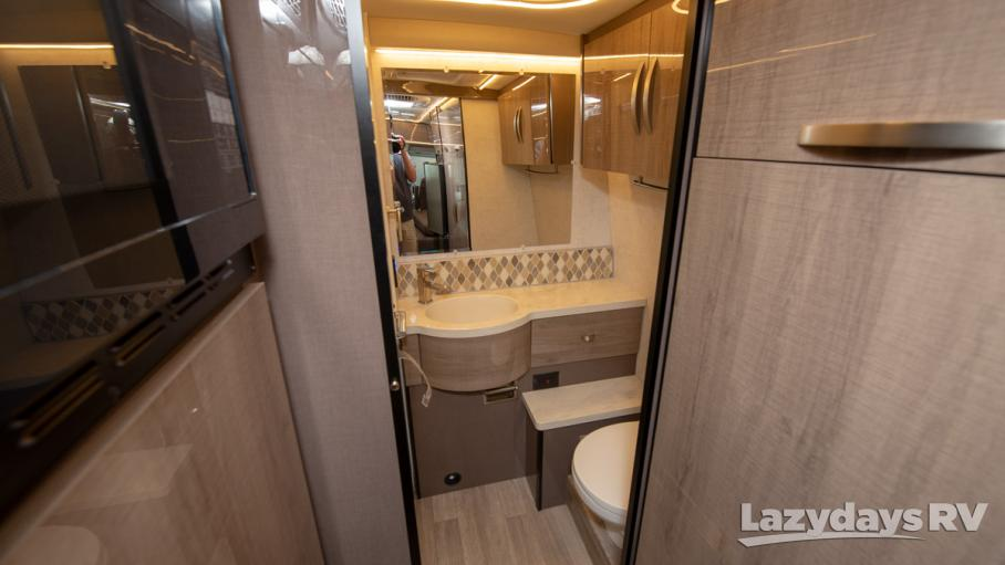 2019 Winnebago ERA 70M