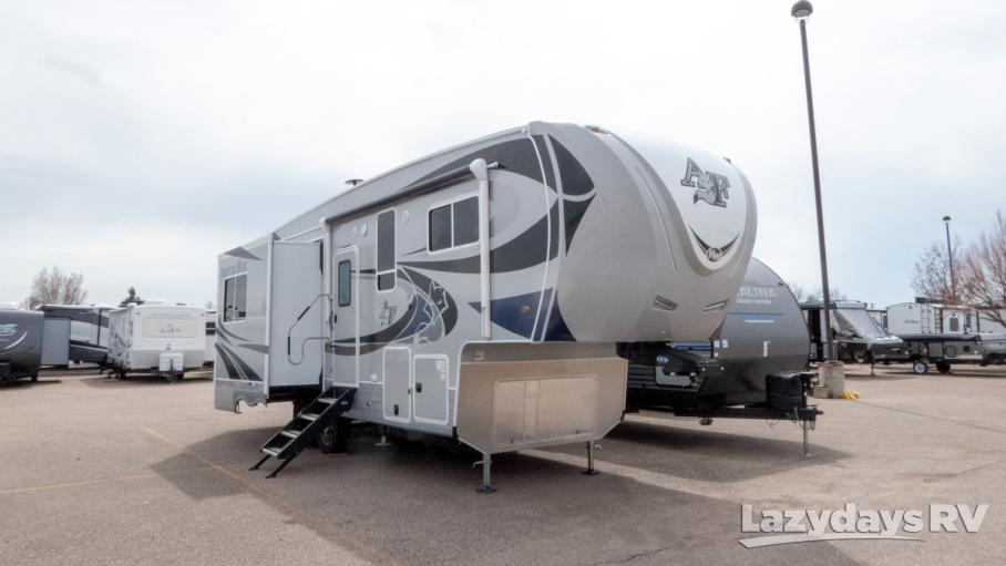 2019 Northwood Arctic Fox 28-5C