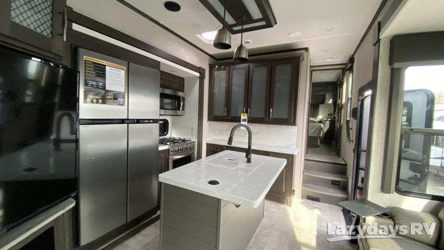 2021 Grand Design Momentum M-Class 381M