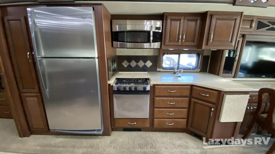 2013 Fleetwood RV Expedition 38S