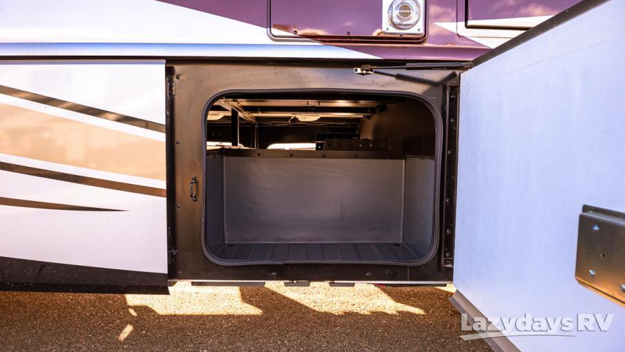 2018 Fleetwood RV Bounder Classic 35K