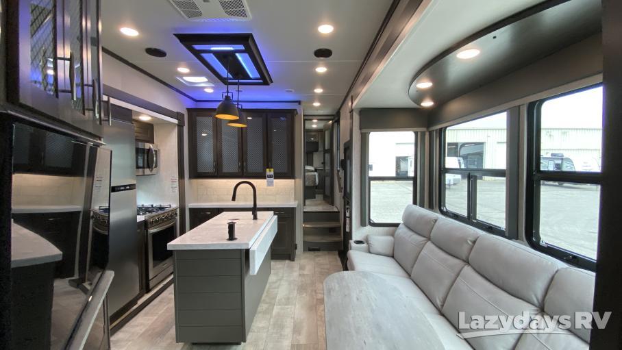 2021 Grand Design Momentum M-Class 351M