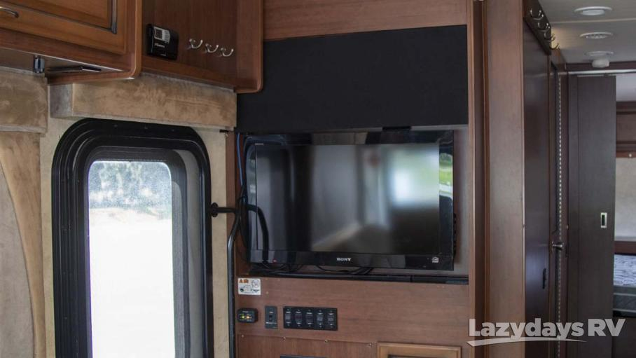 2011 Fleetwood RV Bounder 33U