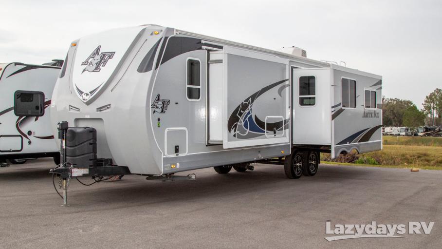 2019 Northwood Arctic Fox 32A