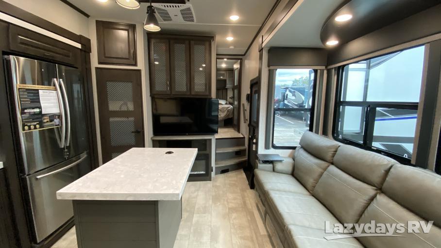 2021 Grand Design Momentum M-Class 349M