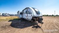 2021 Highland Ridge RV Light