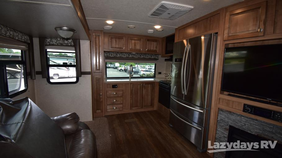 2018 Forest River Rockwood Signature 8335BSS