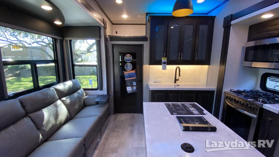 2021 Grand Design Momentum M-Class 398M