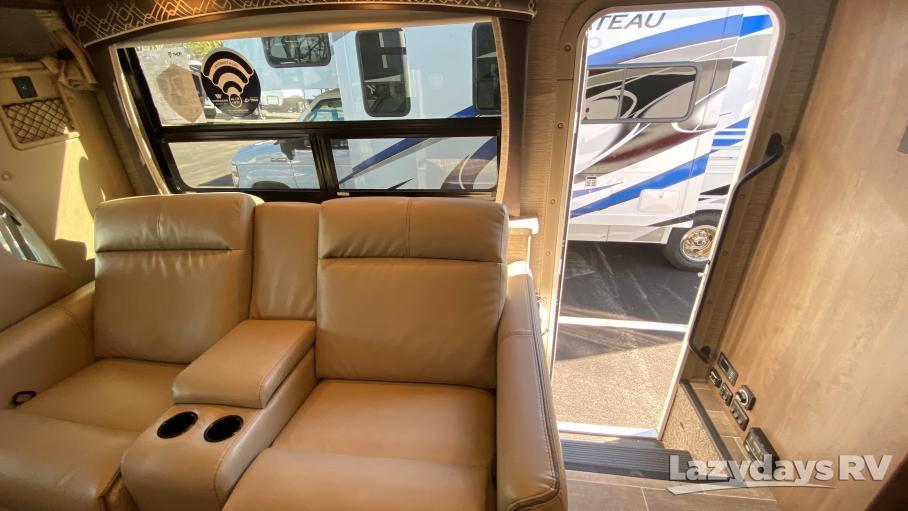 2021 Thor Motor Coach Chateau 31W