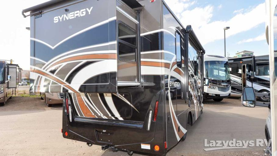 2017 Thor Motor Coach Synergy Sprinter SP24