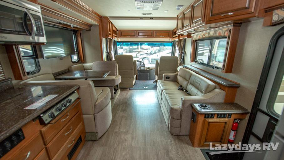 2017 Fleetwood RV Pace Arrow 35E