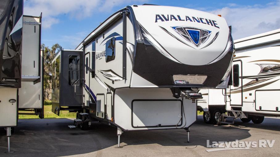 2017 Keystone RV Avalanche 330RE