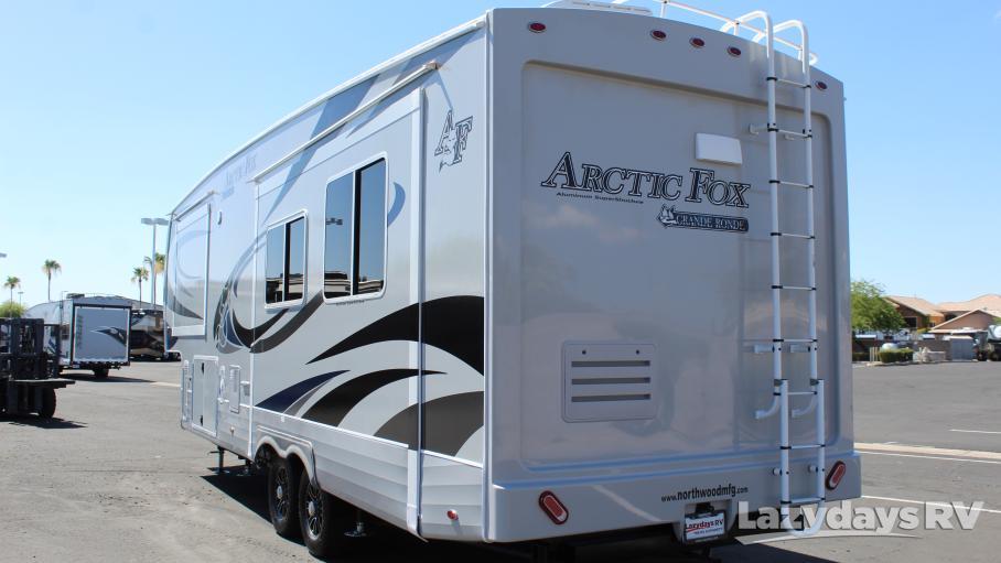 2021 Northwood ARCTIC FOX 29-5K