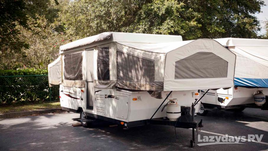 2010 Forest River Rockwood Premier 2317G