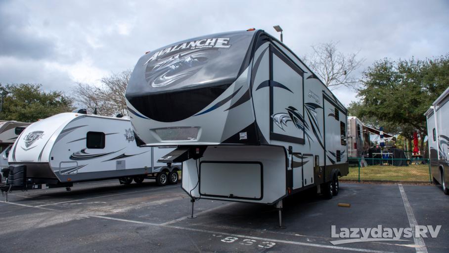 2016 Keystone RV Avalanche. 330RE