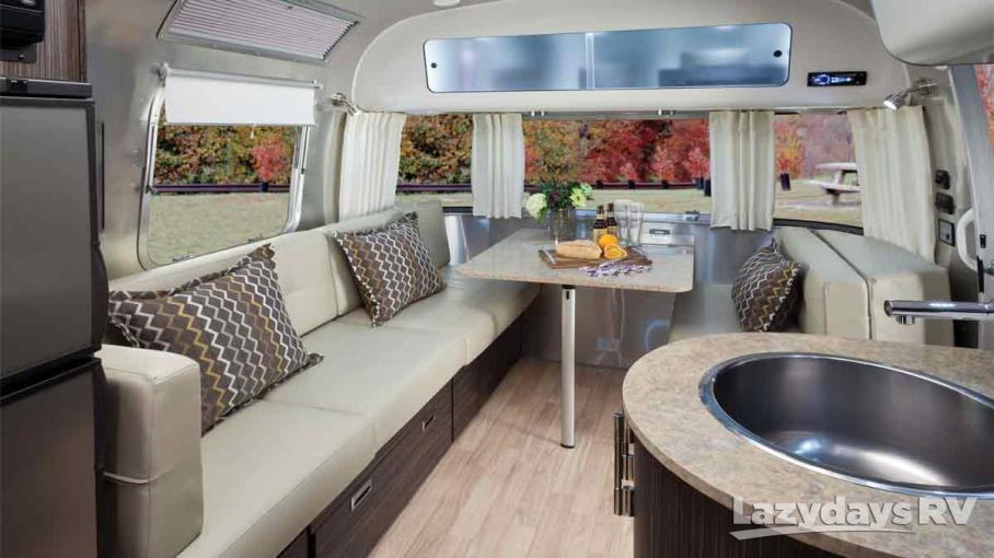 2014 Airstream International Signature 28RB