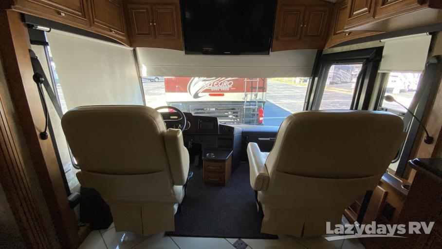 2012 Winnebago Tour 42AD