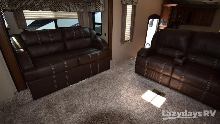 2017 Coachmen Chaparral 370FL