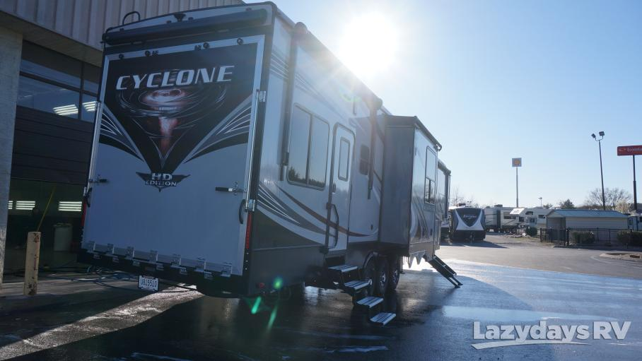 2018 Heartland Cyclone TH 4151