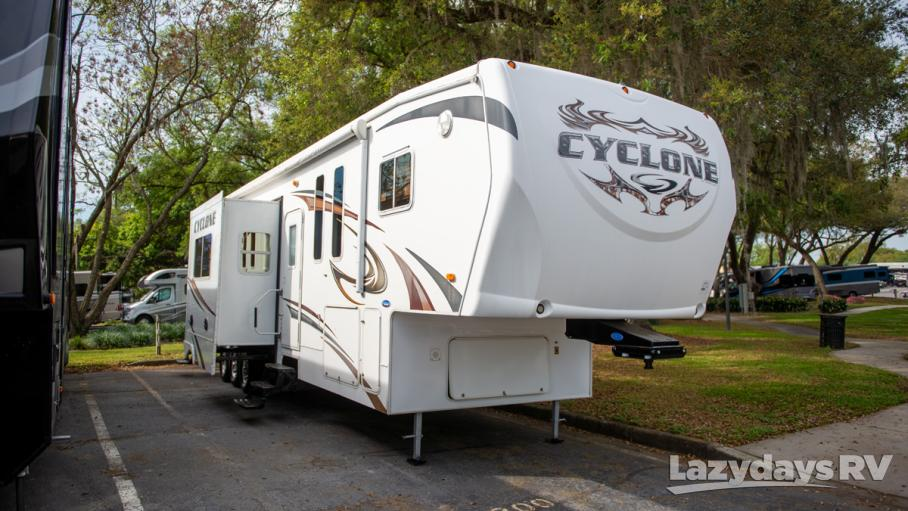 2010 Heartland Cyclone 3950