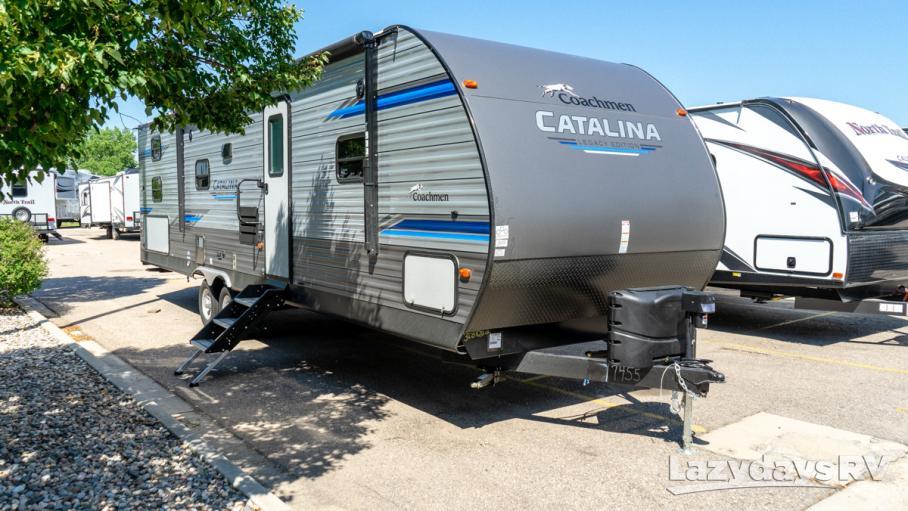 2020 Coachmen Catalina Legacy Edition 303QBCK