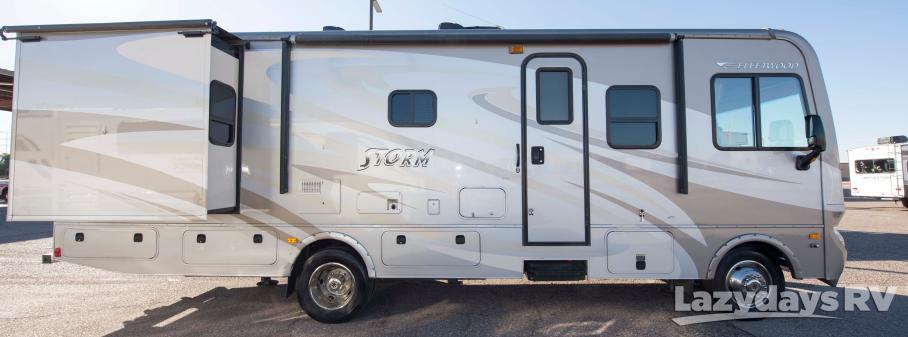 2015 Fleetwood RV Storm 30L