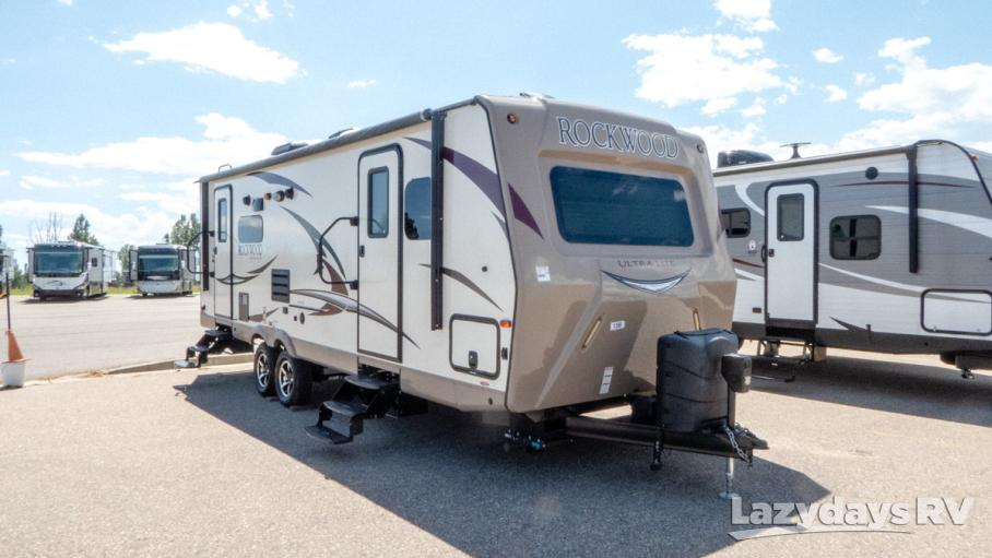 2017 Rockwood Signature Ultra Lite 8299BS