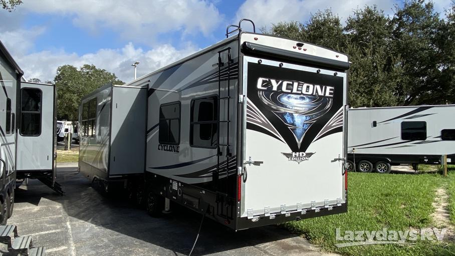 2021 Heartland Cyclone 4270
