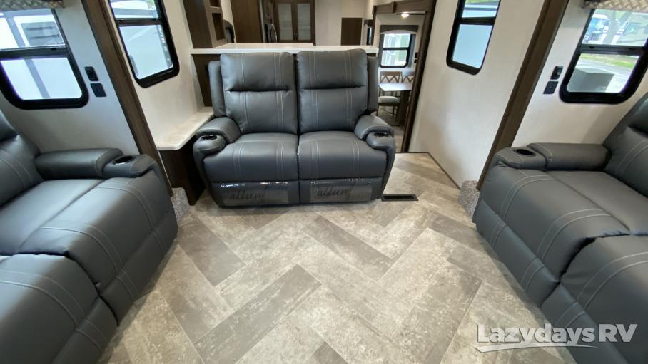 2021 Winnebago Industries Towables Voyage 3436FL