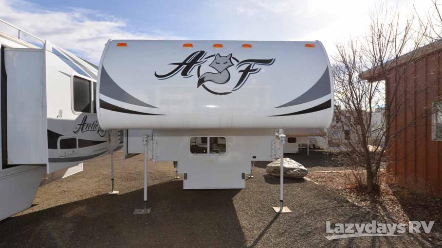 2016 Northwood Arctic Fox 990