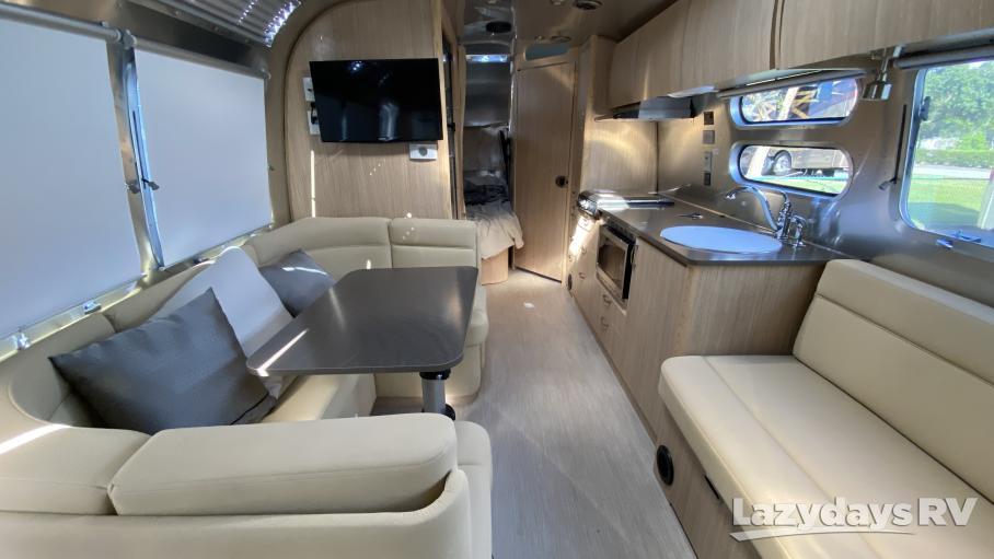 2019 Airstream RV Flying Cloud 30FB