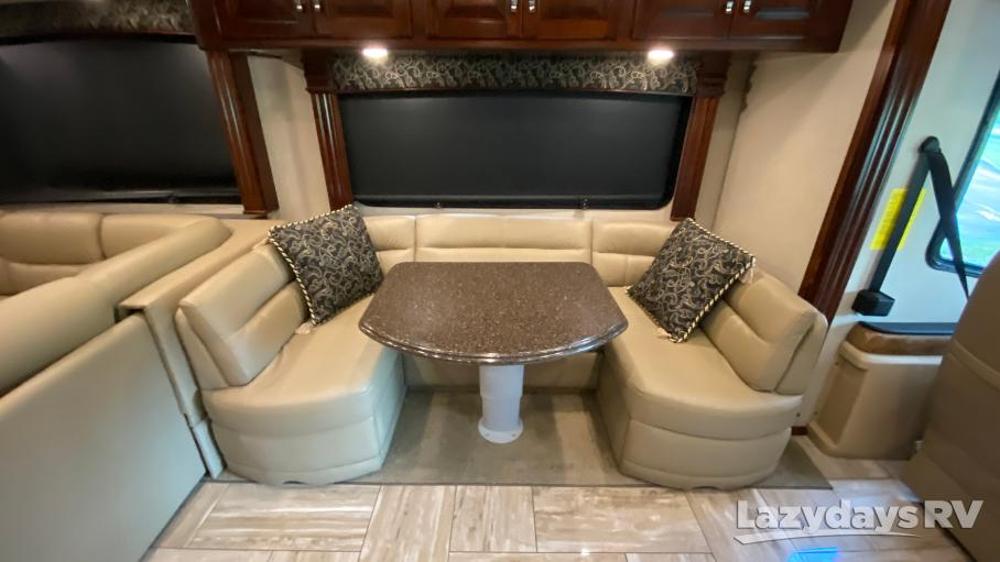 2017 Fleetwood RV Discovery 38K
