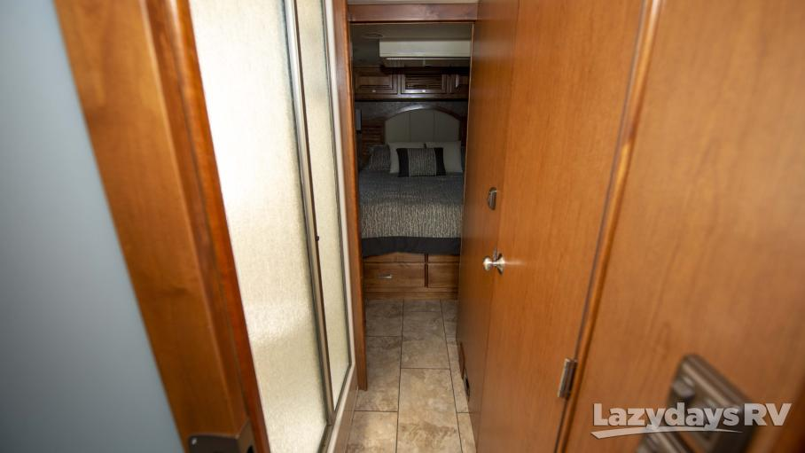 2015 Tiffin Motorhomes Breeze 32BR