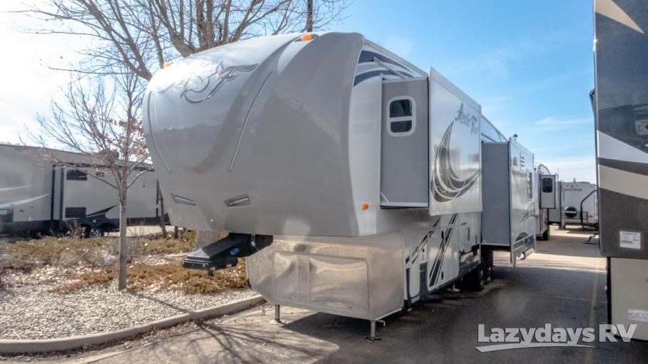 2019 Northwood Arctic Fox 32-5M