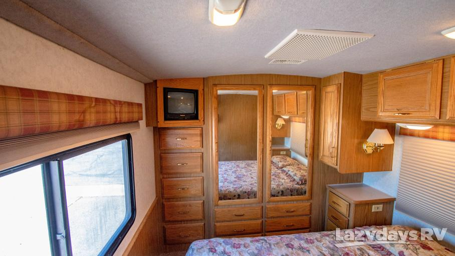 1998 Fleetwood RV Bounder Classic 34J