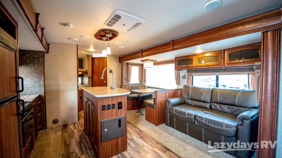 2016 North Trail Heartland 27BHDS