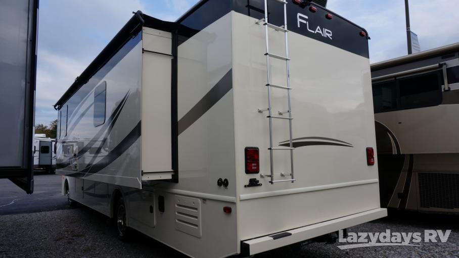 2019 Fleetwood RV Flair 32S