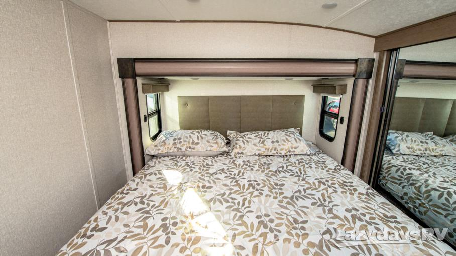 2021 Coachmen RV Chaparral 336TSIK
