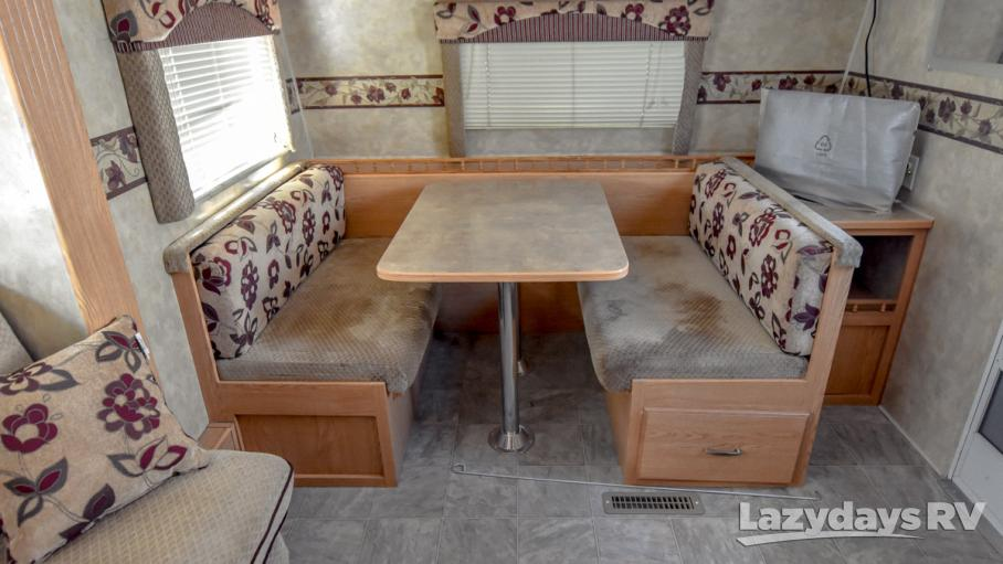 2007 Fleetwood RV Pioneer 21CKS